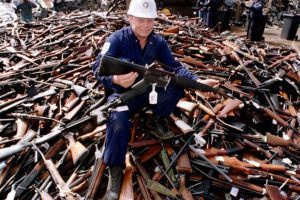 The Crazy Process You Have to Go Through to Buy a Gun in Australia (Compared to the U.S.)