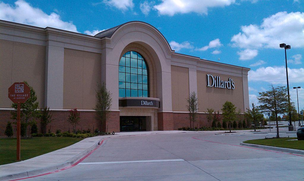 Dillard's store exterior