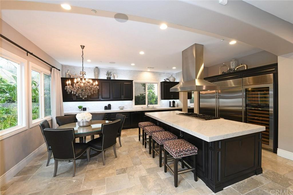 The 70 000 Dream Kitchen Makeover: Here's Why 'Flip Or Flop's' Christina El Moussa Is Selling