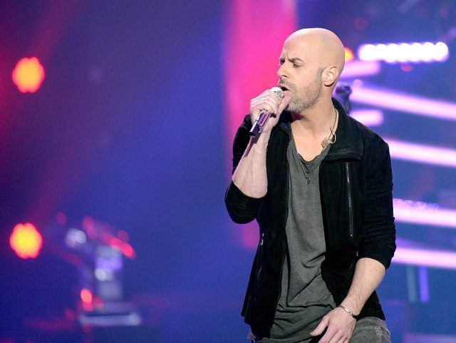 Recording artist Chris Daughtry performs onstage during FOX's 'American Idol' Finale