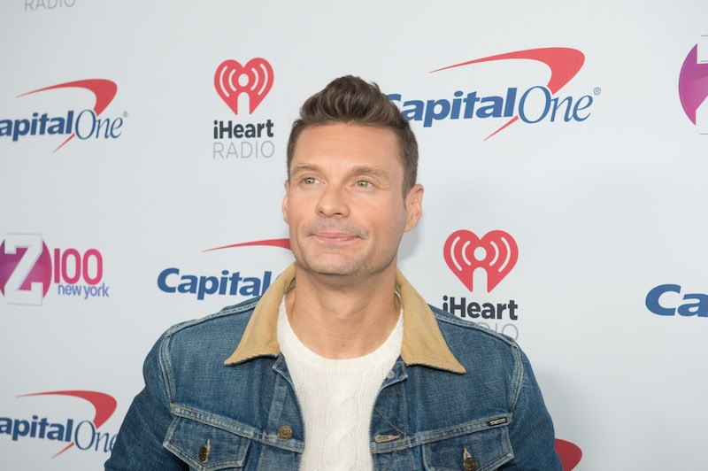 Ryan Seacrest poses on the red carpet for the Z-100 Jingle Ball at Madison Square Garden, December 9, 2016 in New York. / AFP / Bryan R. Smith (Photo credit should read BRYAN R. SMITH/AFP/Getty Images)