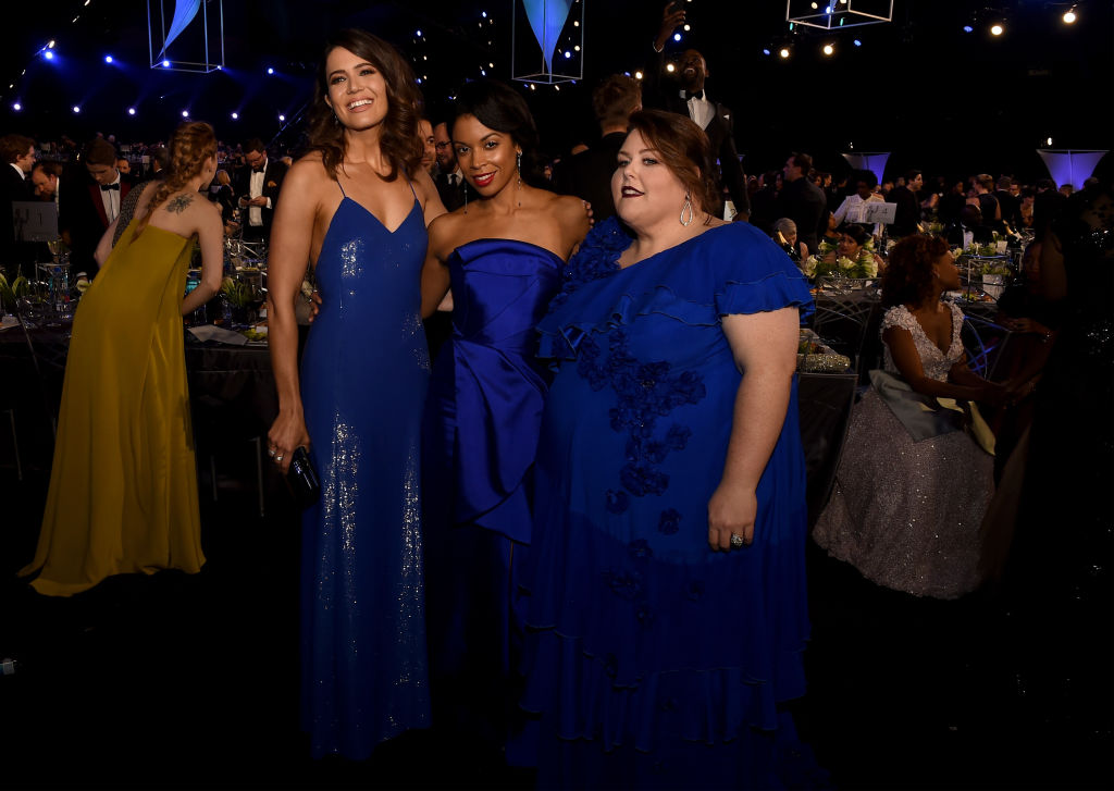 Mandy Moore, Susan Kelechi Watson, and Chrissy Metz attend the 24th Annual Screen Actors Guild Awards at The Shrine Auditorium on January 21, 2018 in Los Angeles, California.