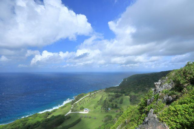 Christmas Island affords glorious sweeoing views of the local golf course, coastline and Indian Ocean