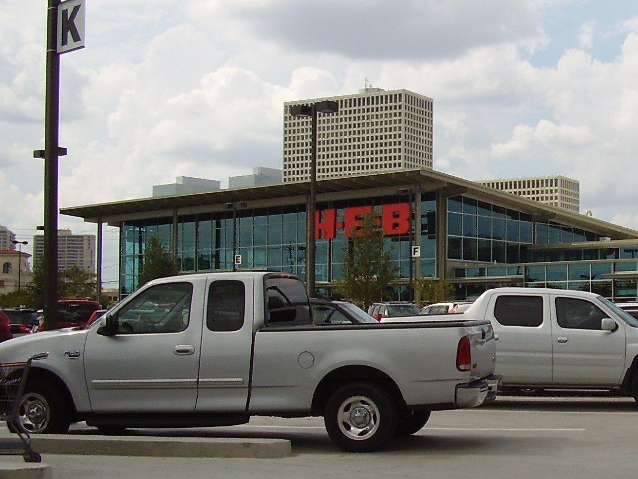 H-E-B Market