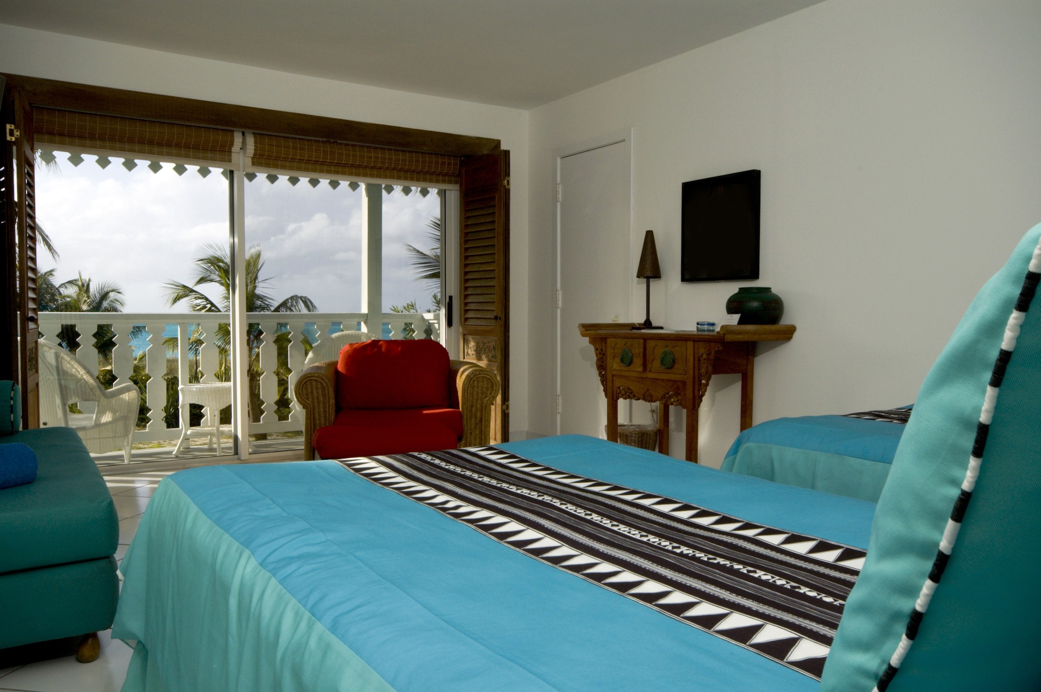 hotel room luxury with sea view