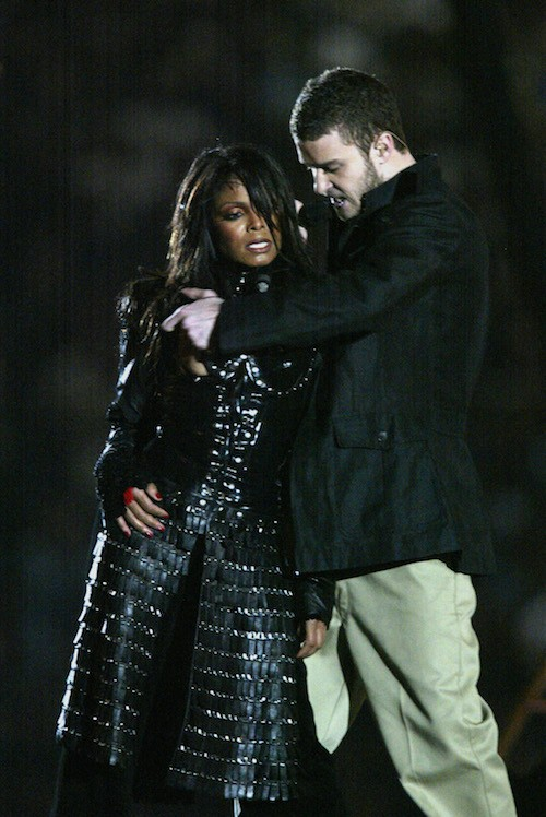 Janet Jackson and Justin Timberlake on stage.