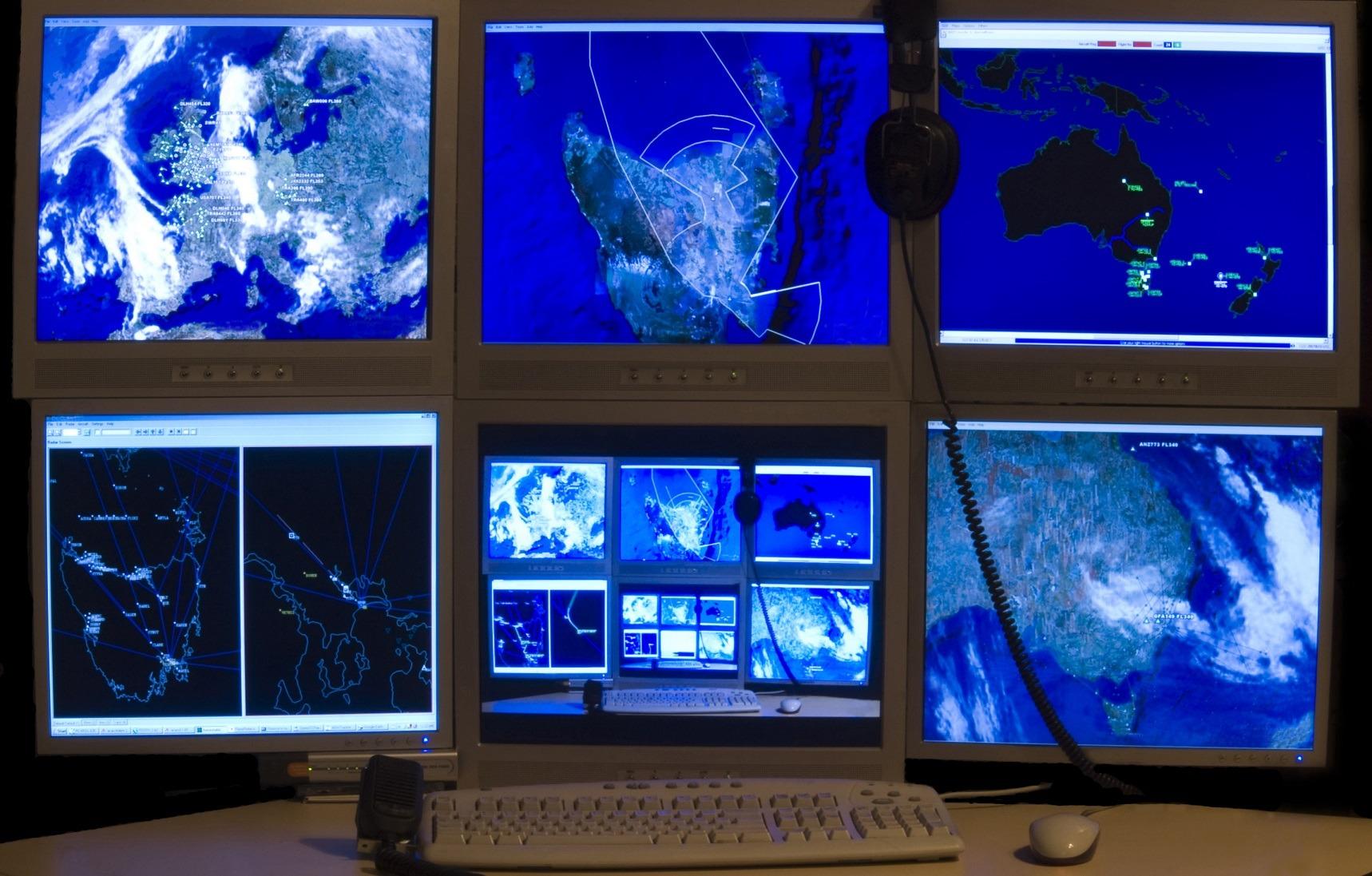 Computers analyzing Australia weather