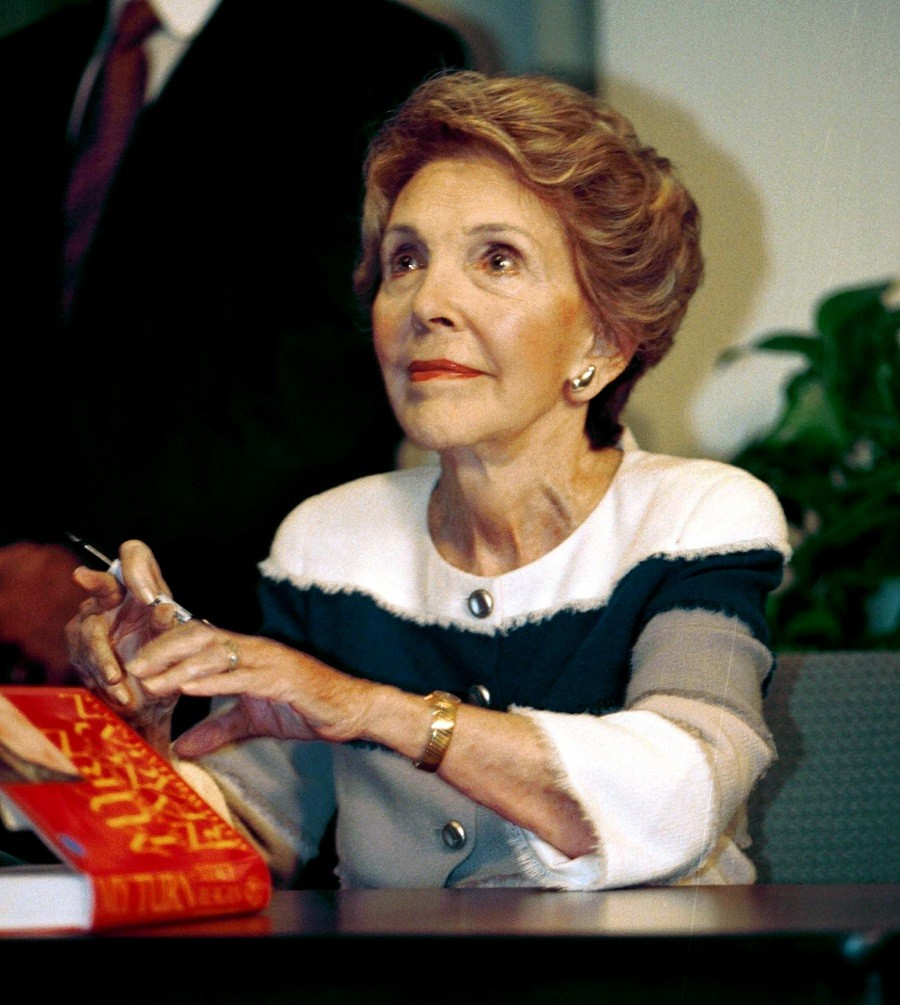 Nancy-Reagan
