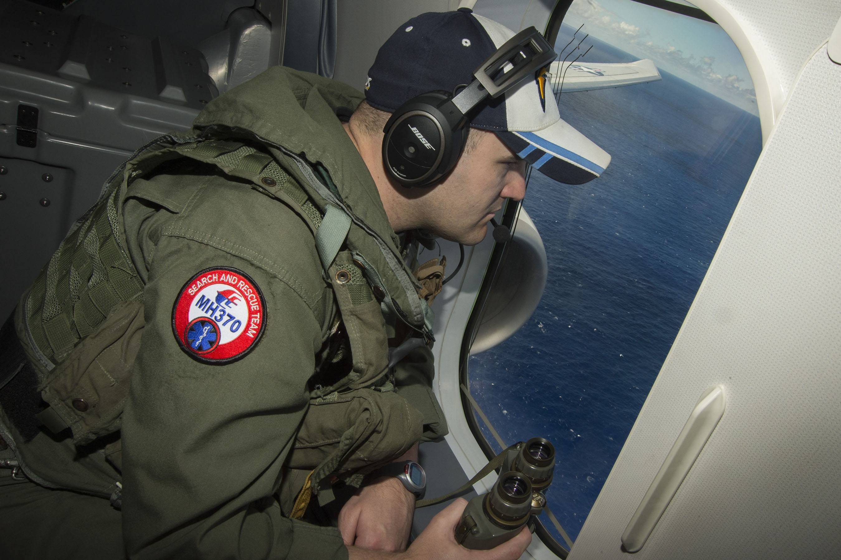 U.S. Navy Assists In The Search For Malaysia Airlines flight MH370