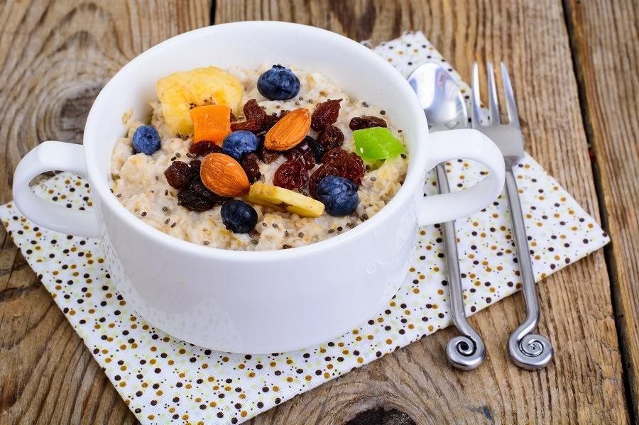 Porridge from oatmeal
