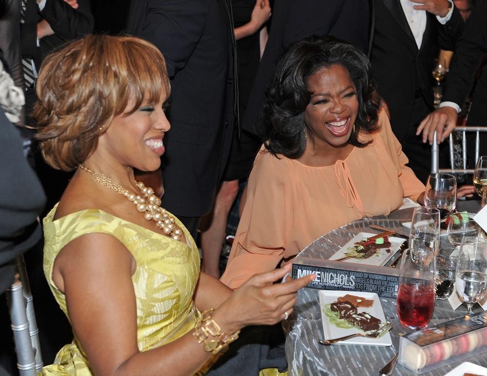 Oprah Winfrey (R) and Gayle King
