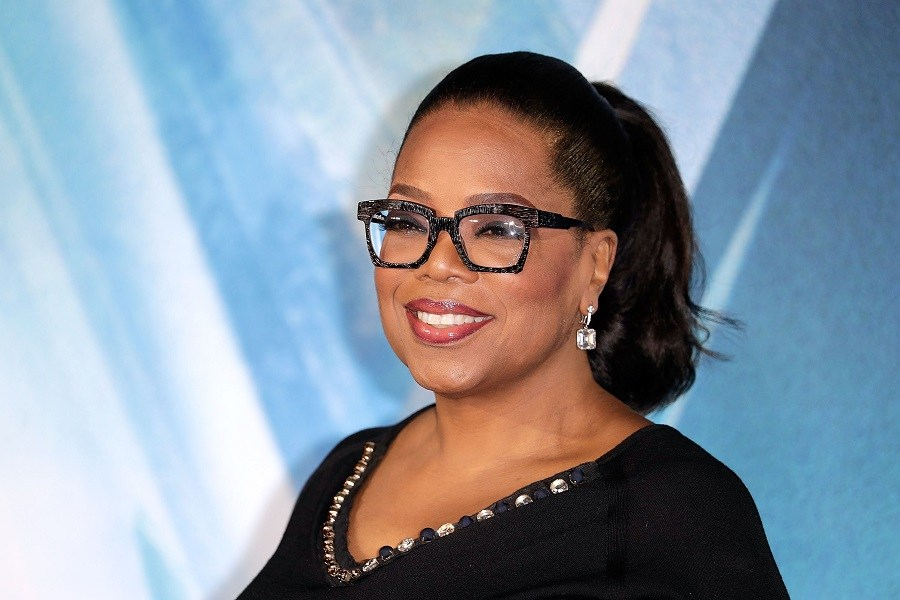 Oprah Just Made This Much Money by Selling Her Weight Watchers Shares