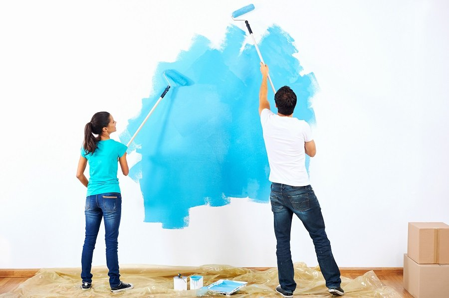 couple painting