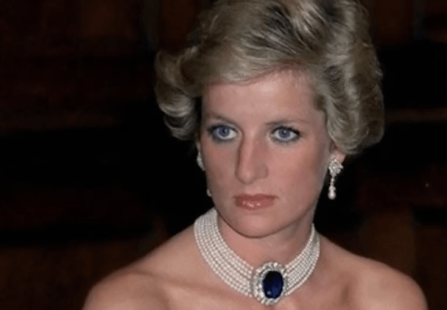 Princess Diana wearing the sapphire pearl necklace and earrings.