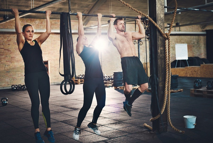 people doing pullups