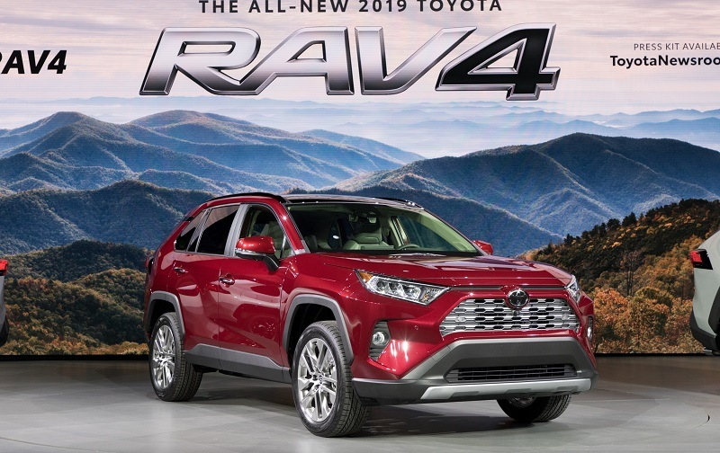 Front three-quarter view of 2019 from passenger side at New York Auto Show debut