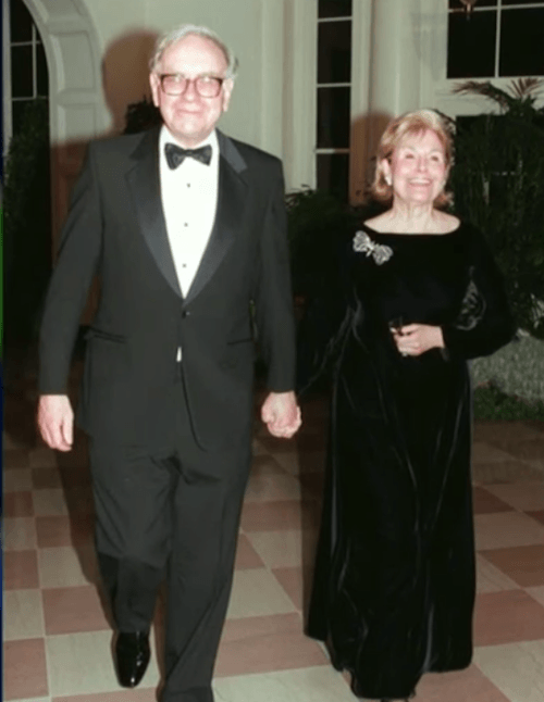Warren Buffet and his wife, Susan.