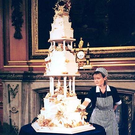 Wedding Cake Prince Edward and Sophie Rhys-Jones