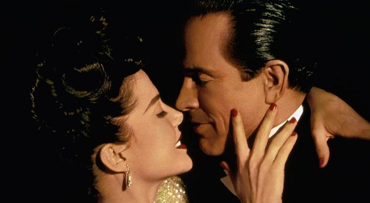 Annette Bening and Warren Beatty in Bugsy