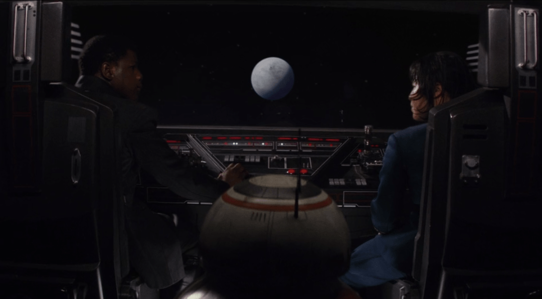 Finn and Rose head to Crait