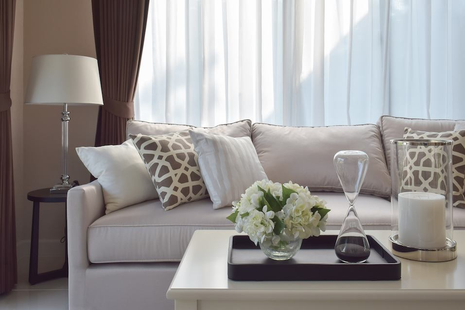 Living room design with sturdy tweed sofa