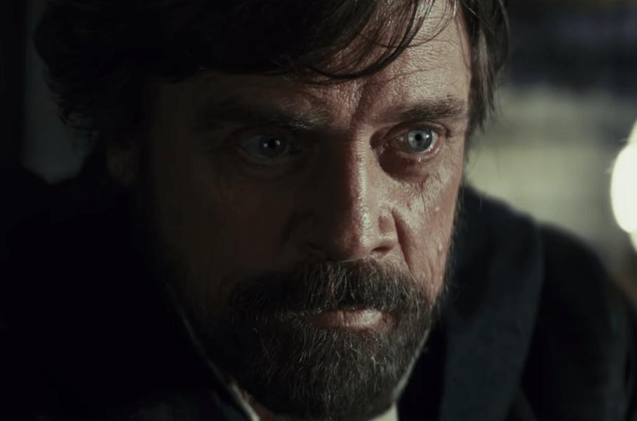 Luke Skywalker talks to his sister on Crait