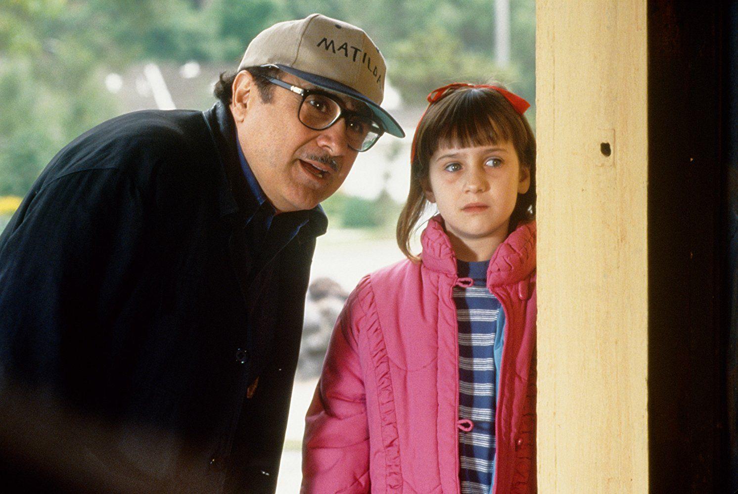 Danny DeVito and Mara Wilson in Matilda
