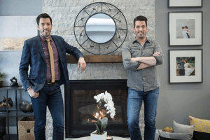 Why Fans Think These HGTV Shows Are Fake
