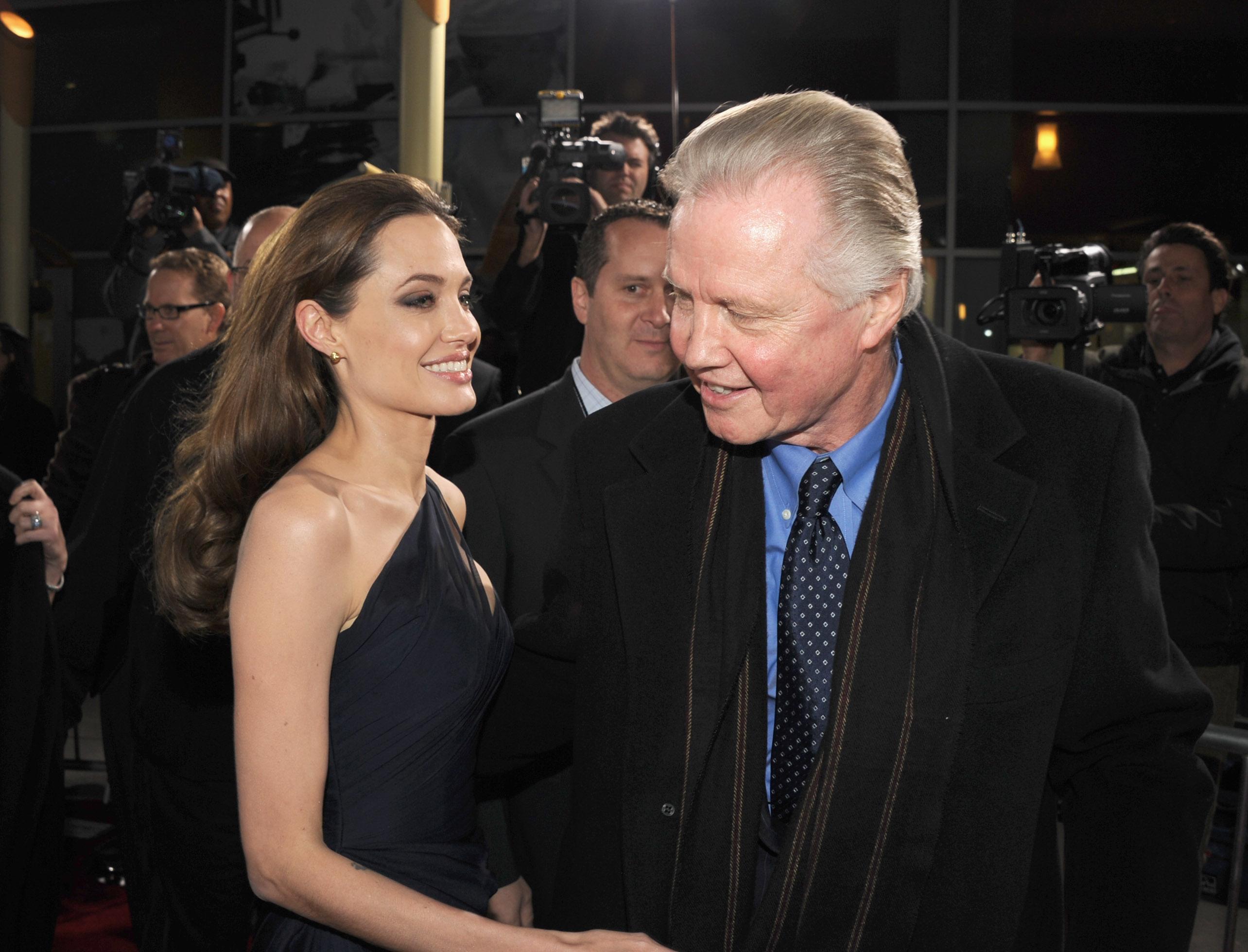 Angelina Jolie and Jon Voigt