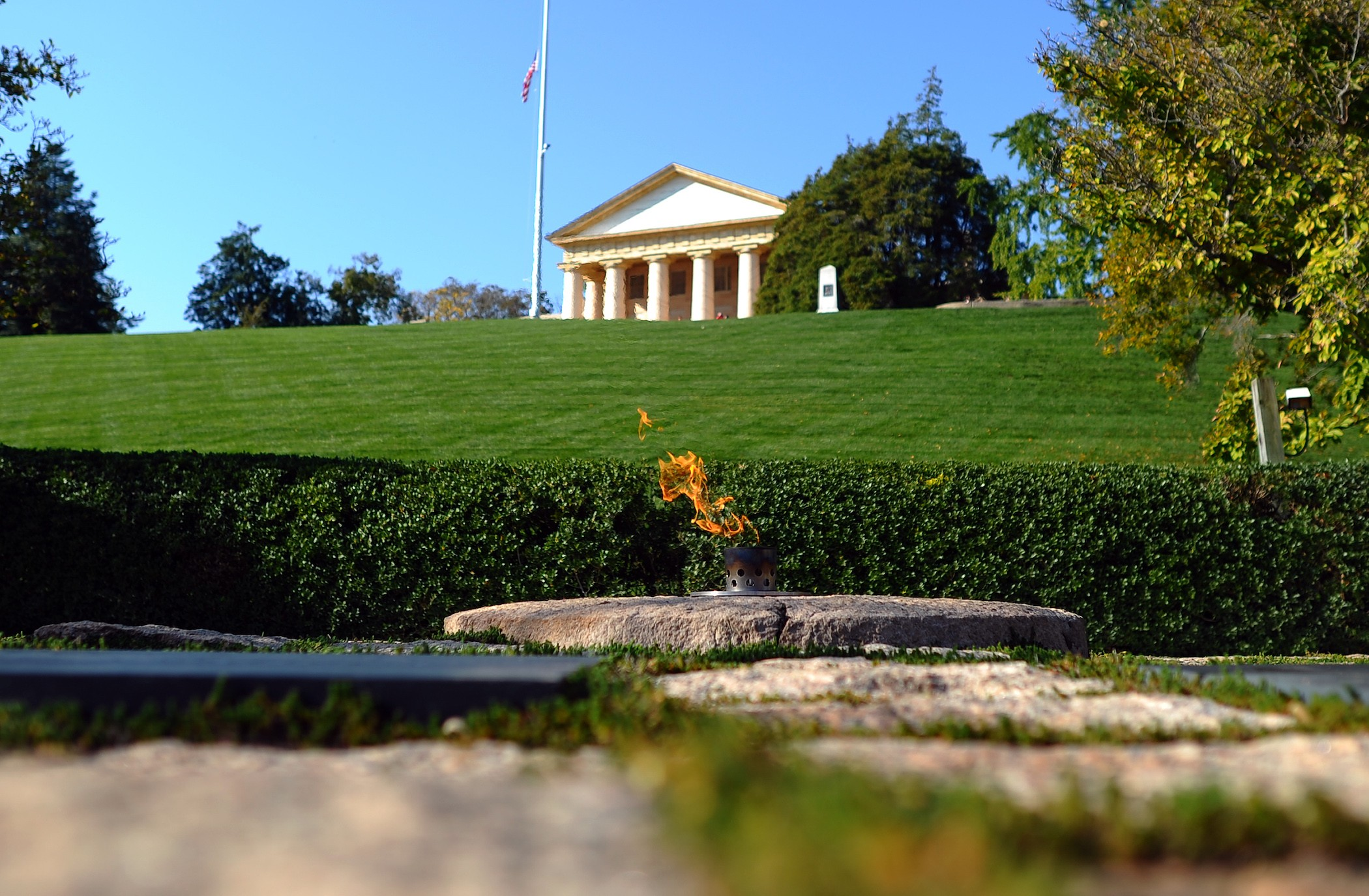 Kennedy grave in Arlington National Cemetary