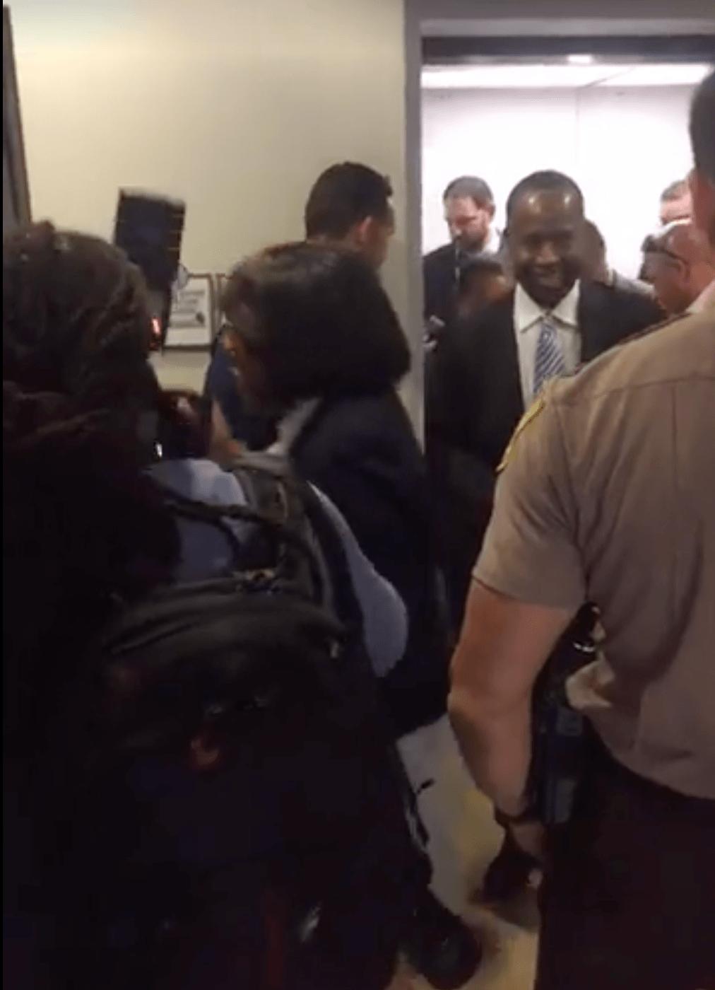 Ben Carson stuck in elevator