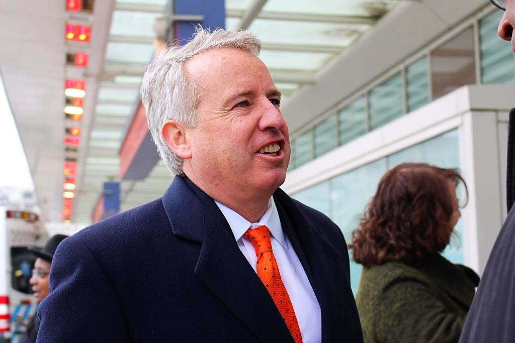 Chris Kennedy speaking to public