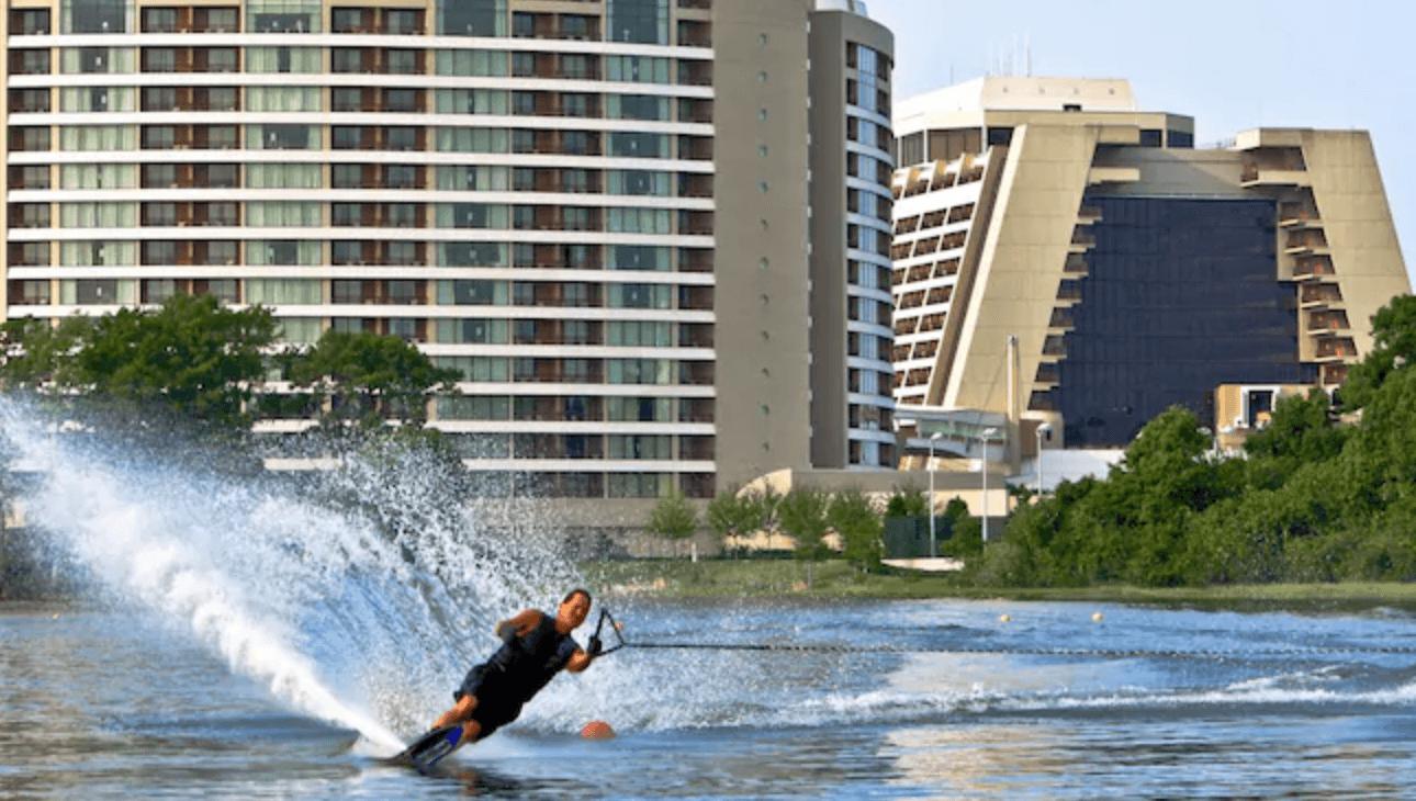 Disney waterskiing