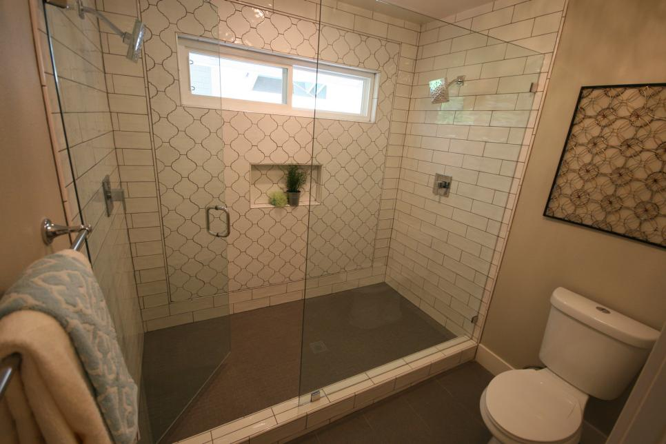 Flip or flop shower