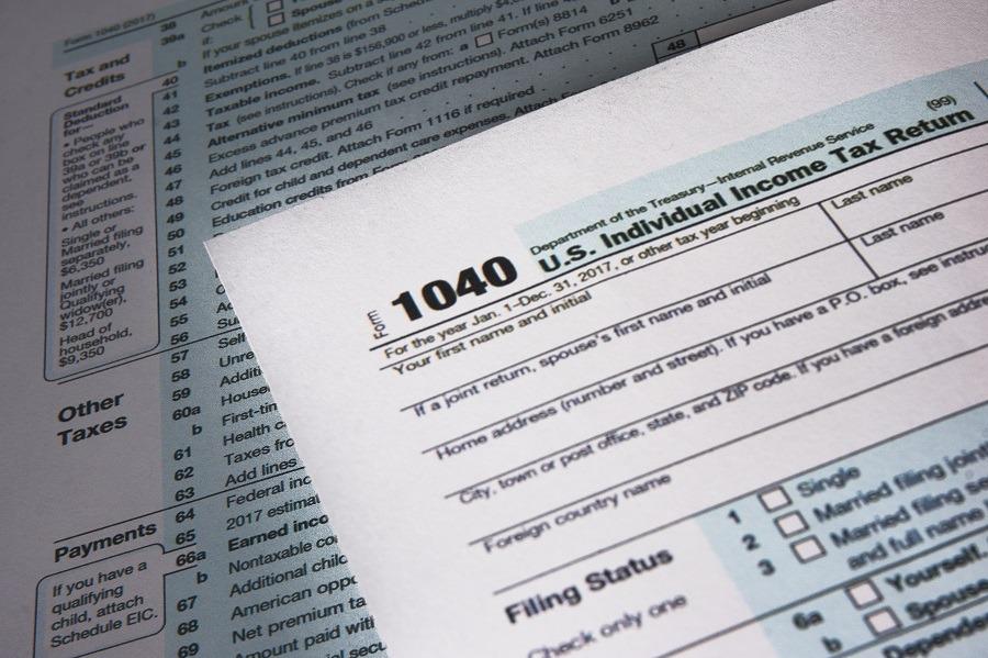 US 1040 Tax Form