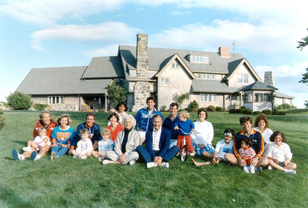 George H.W. Bush, Barbara Bush, and family.