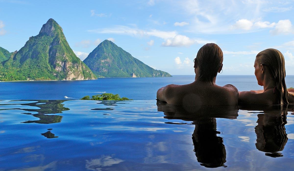 Jade Mountain pool
