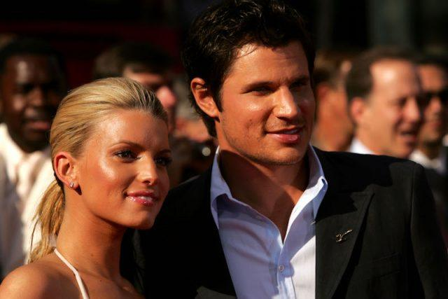 Nick Lachey and Jessica Simpson on a red carpet.