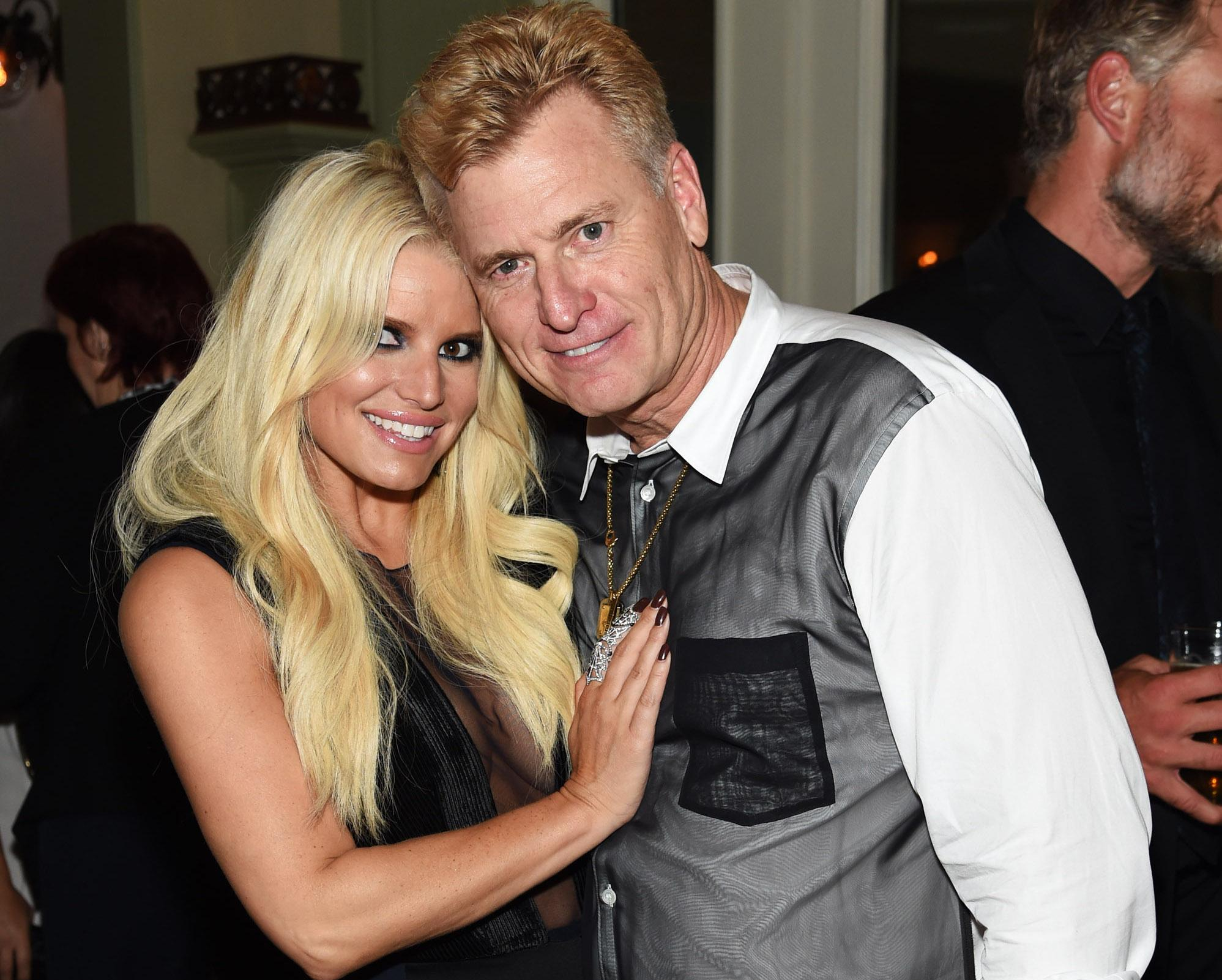 Jessica and Joe Simpson