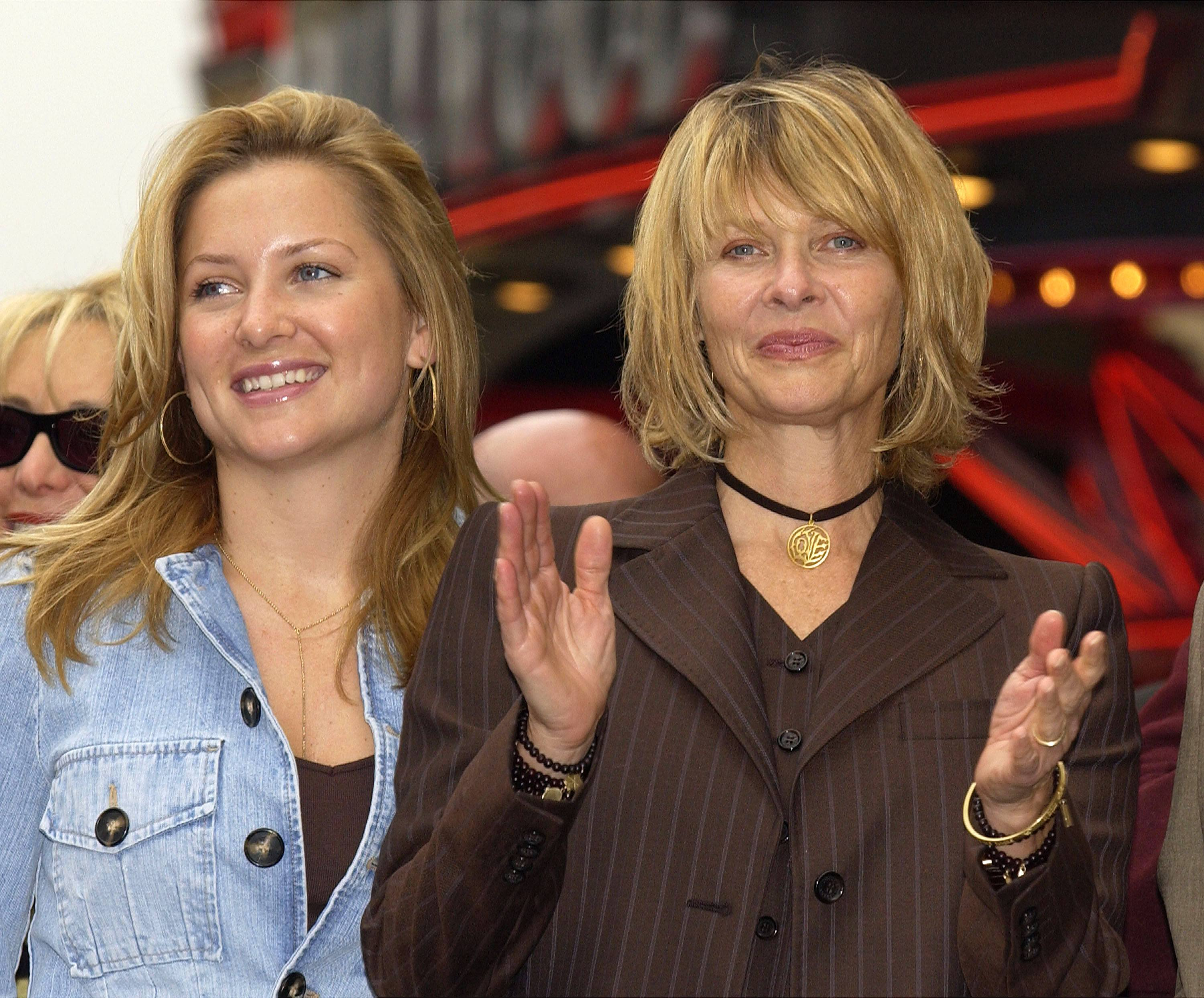 Jessica and Kate Capshaw