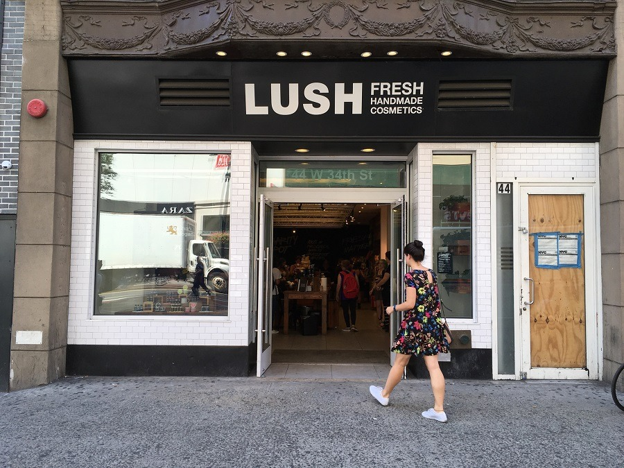 Lush Store