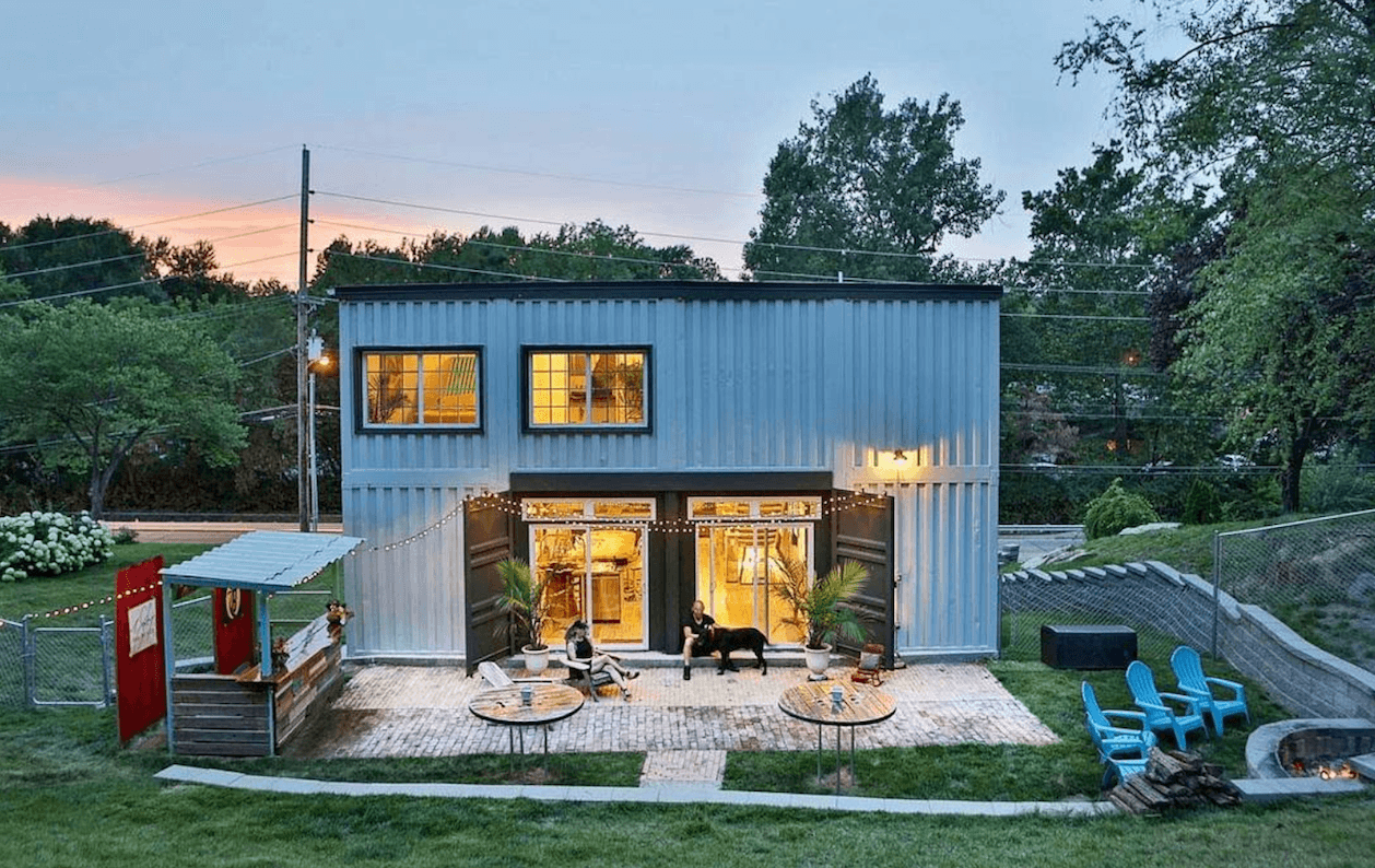 Missouri container home back