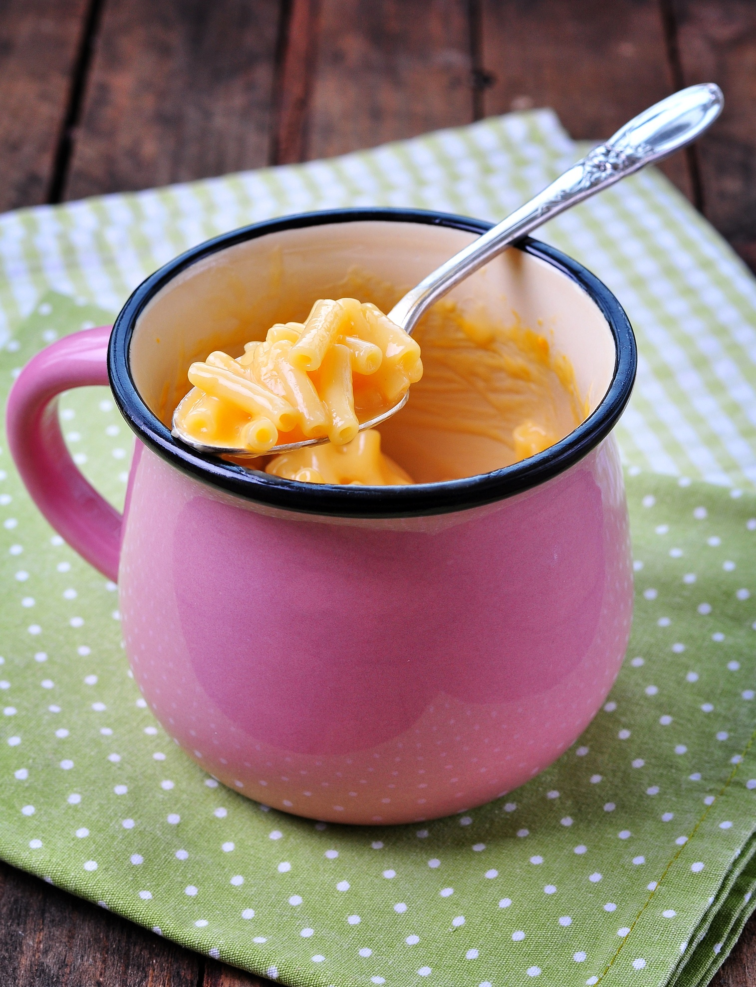 Delicious mug meals. Mac & cheese cooked in the microwave.