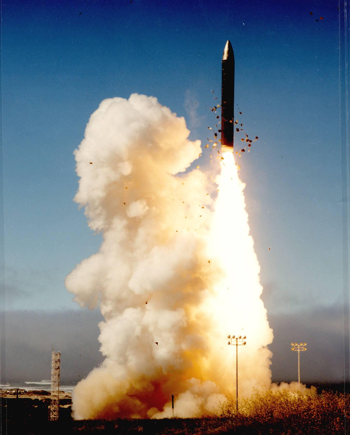 Peace keeper missile
