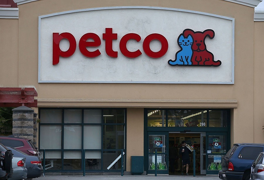 You Ll Never Believe Which Stores Let You Bring Your Dog Shopping