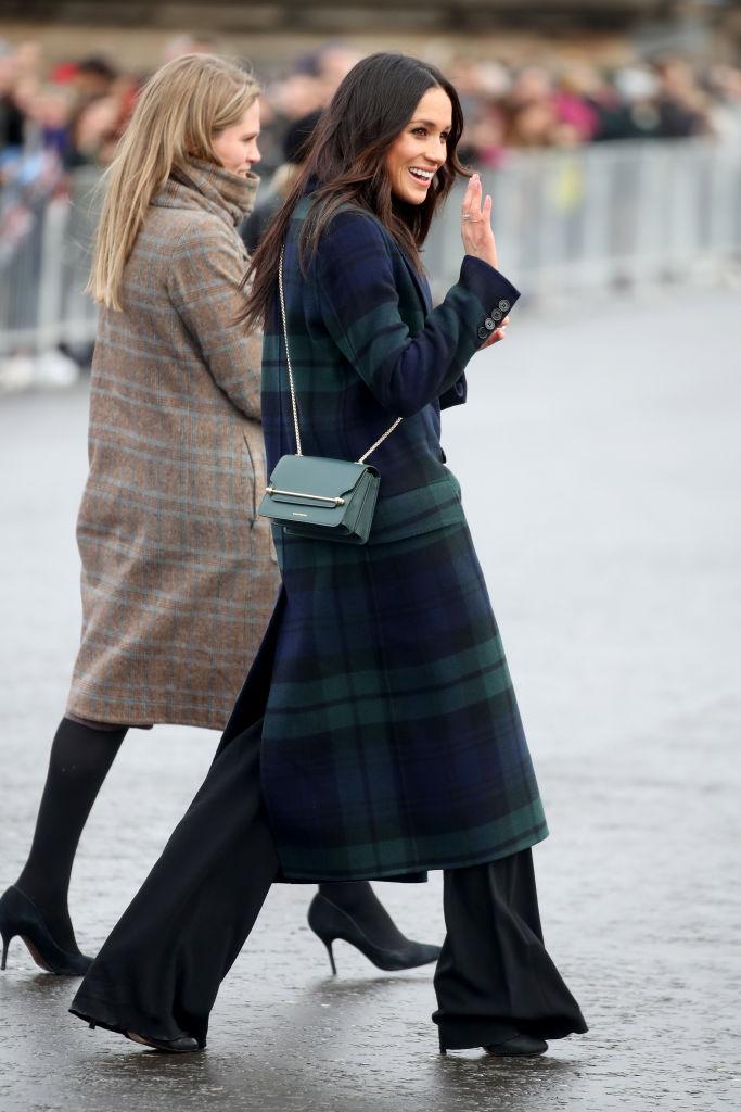 Meghan Markle arrives to Edinburgh Castle with Prince Harry