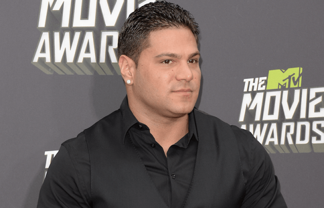 Ronnie Ortiz-Magro on a red carpet.
