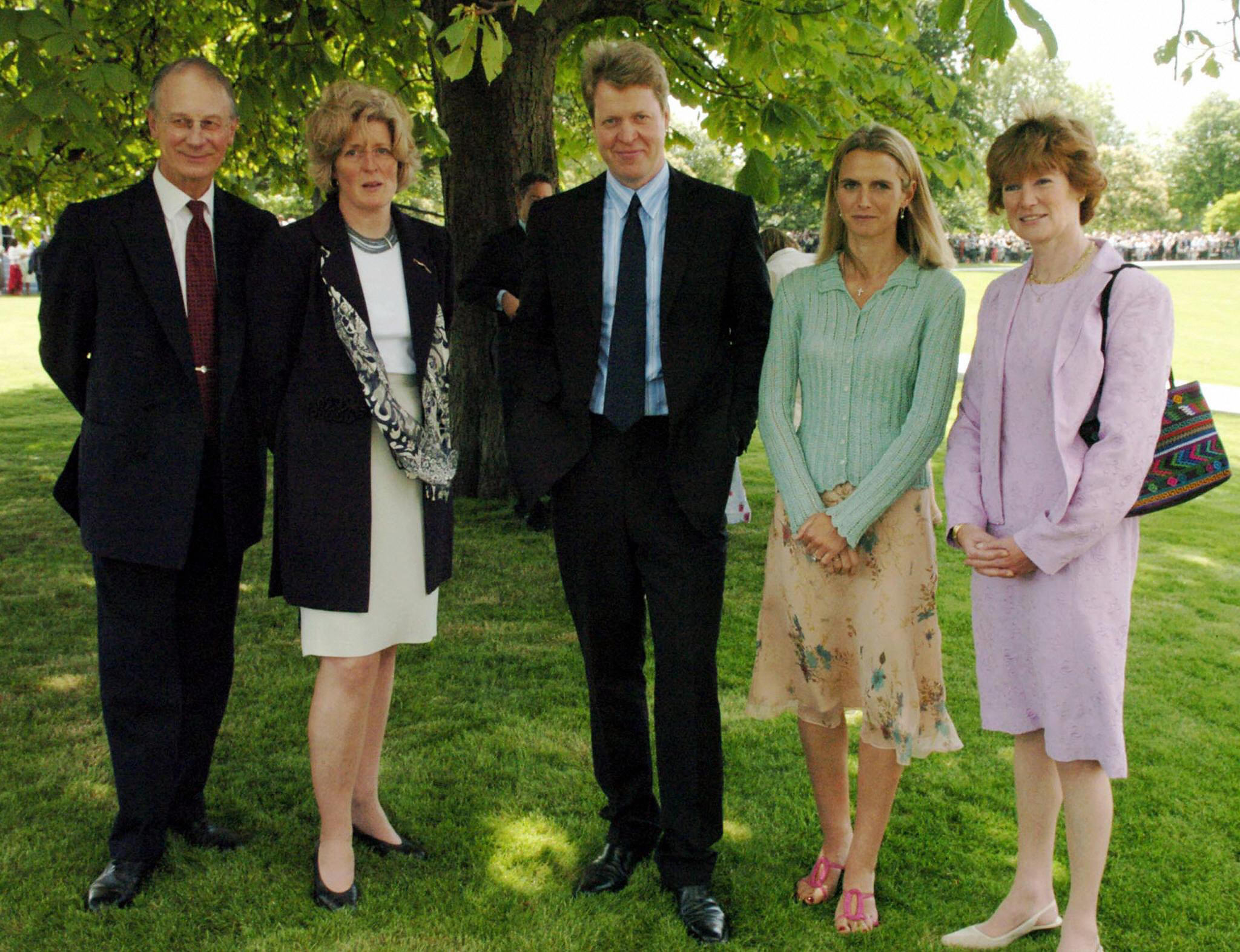 Earl Spencer (C) with (L-R) Sir William Fellowes, Lady Jane Fellowes, Lady Spencer and Lady Sarah Macorquadale at Diana memorial