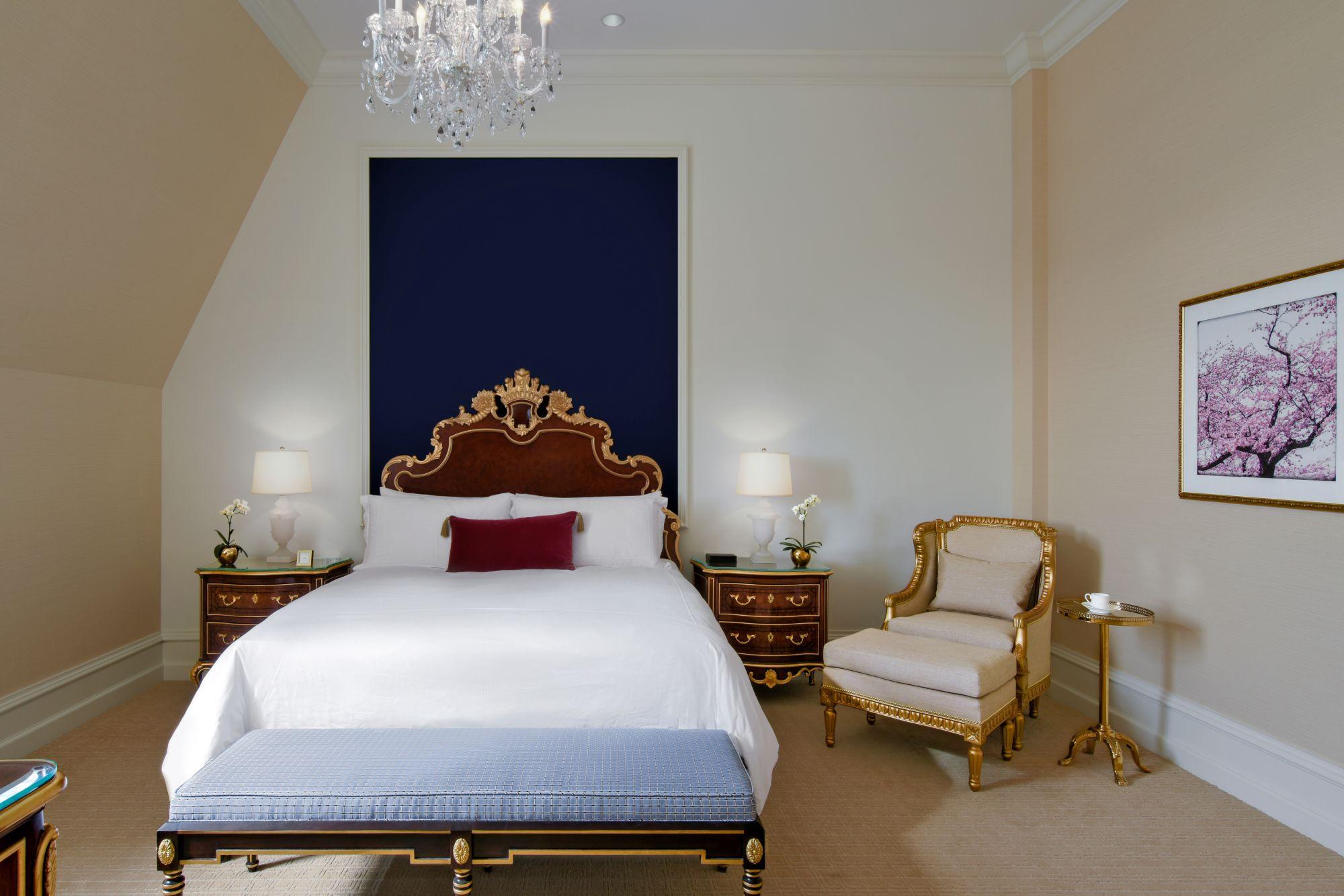 Trump hotel DC bedroom