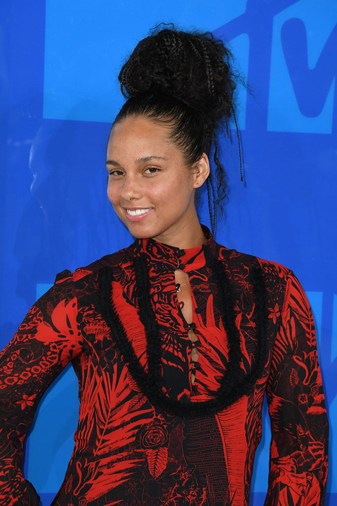 Singer Alicia Keys arrives for the 2016 MTV Video Music Awards